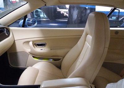 BENTLEY-CONT-GT3-fotos-interiores-antes